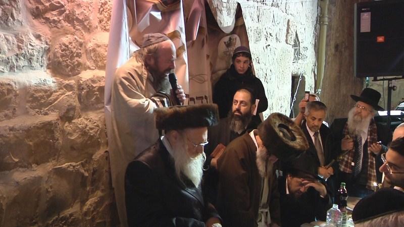 צדיקים בקבר דוד בסעודת מלווה מלכה